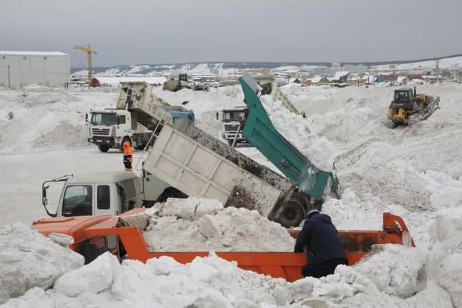 Где частникам оформить талон на вывоз снега в Якутске