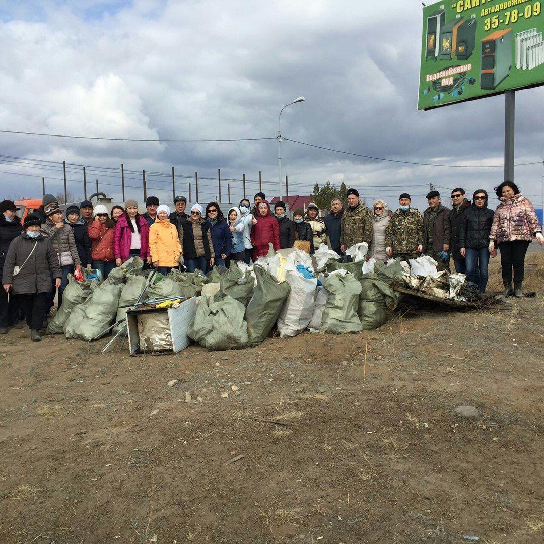В Якутске и пригородах прошли субботники