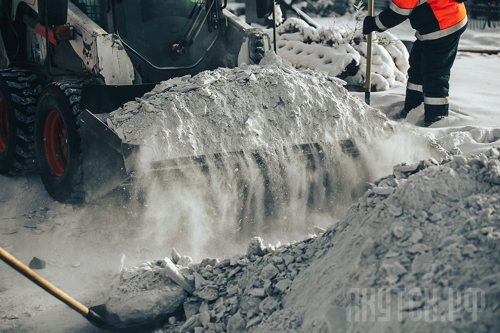 «Якутдорстрой» вывез за уходящий год в два раза больше снега
