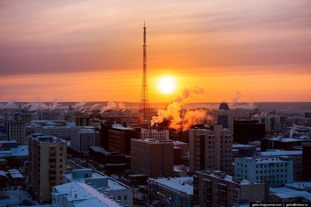 Глава Якутии поручил разработать новый закон о статусе столицы
