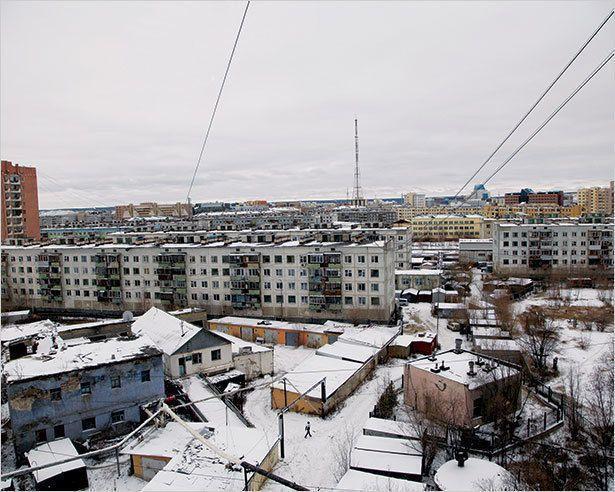 На Якутск обрушился снег