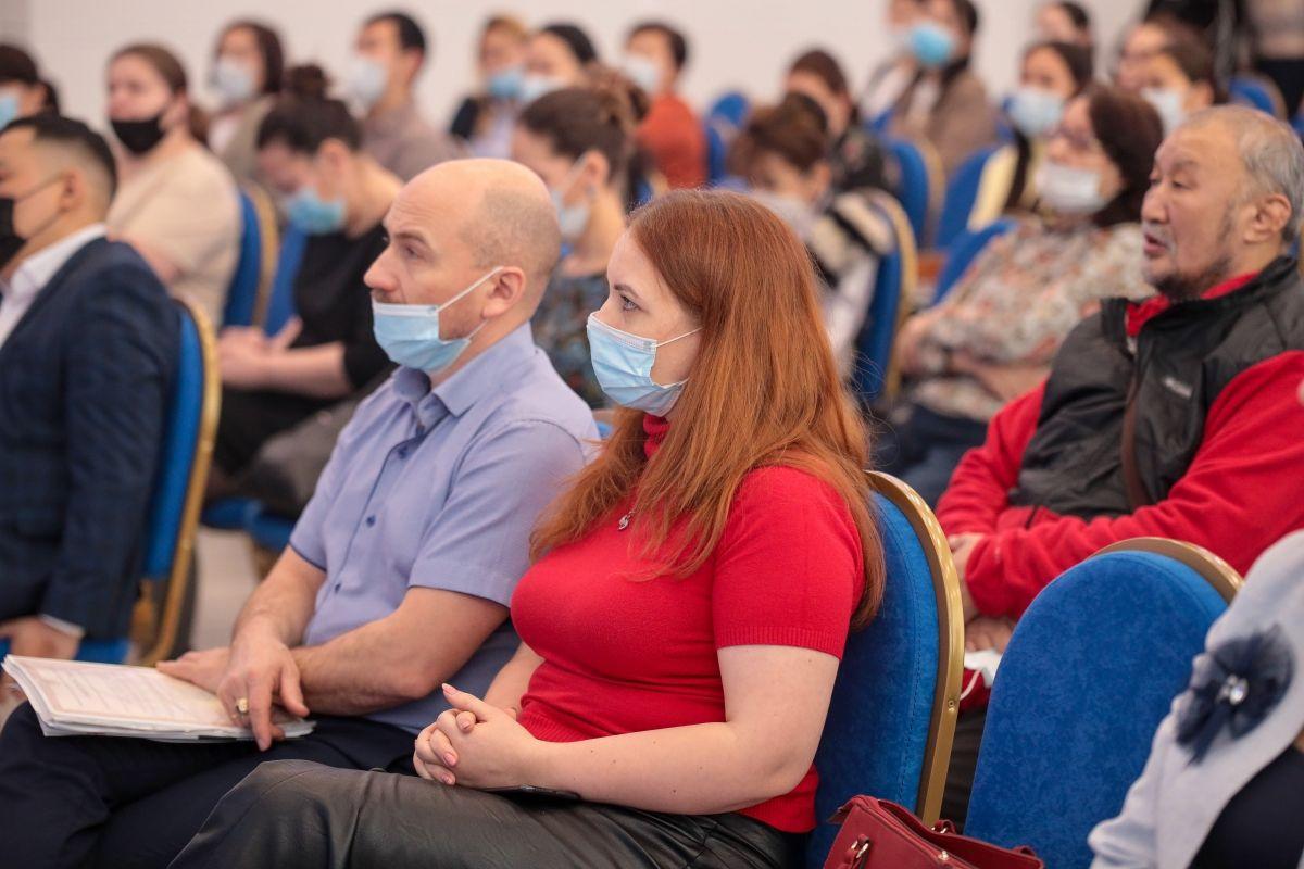Общественников Якутска обучат подавать заявки на гранты