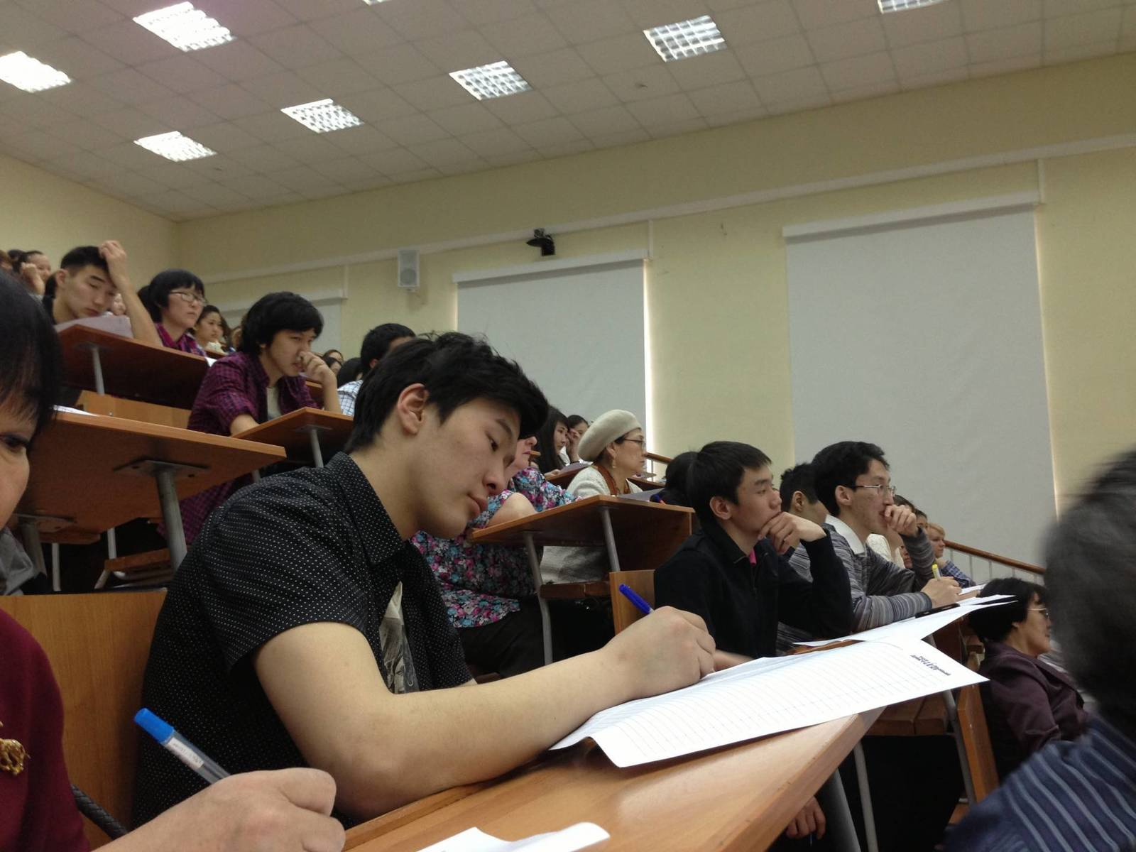 «Тотальный диктант» объединяет многонациональный Якутск