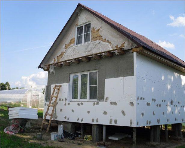 Чем «заполнить» каркасный дом